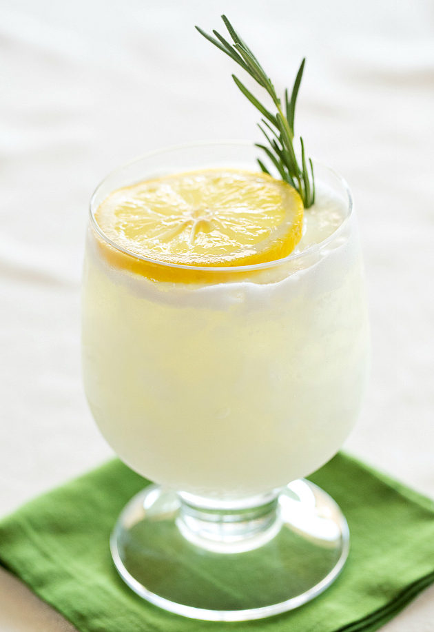 Rosemary Lemon Gin Fizz-8-630