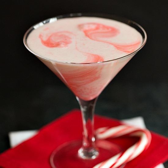 candy-cane-cocktail-2-550
