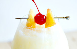 cocktail cubain pina colada